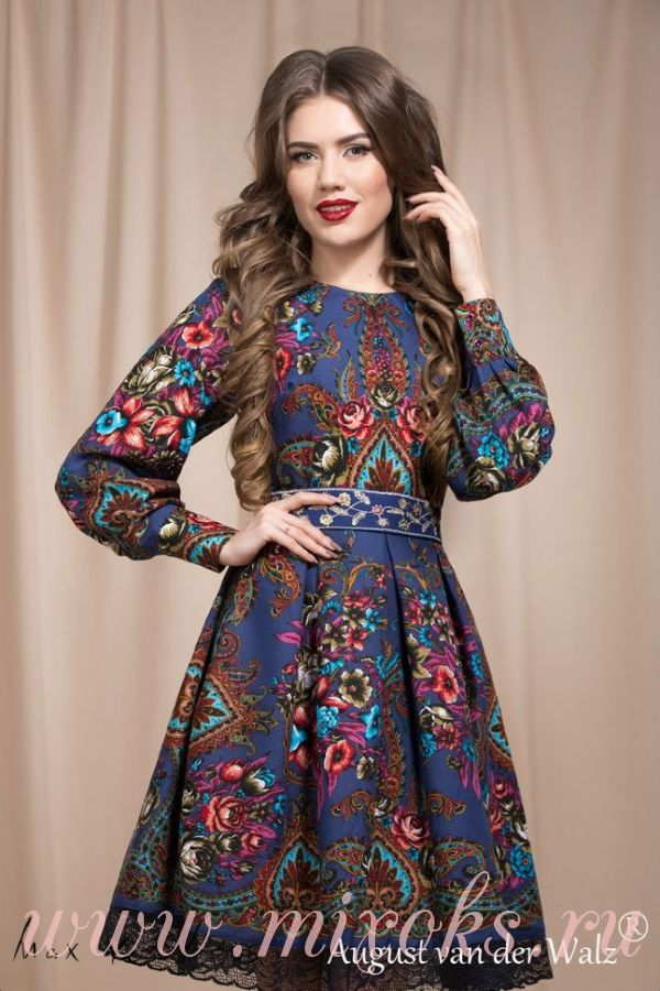 Платье из посадского платка